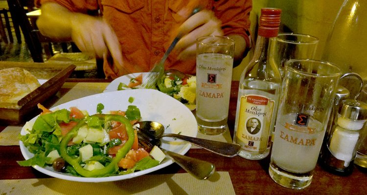 Eat great salads while traveling